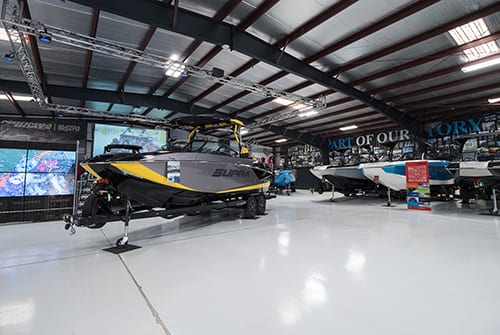Charlotte, North Carolina - Wakeboarding & Wakesurfing Center