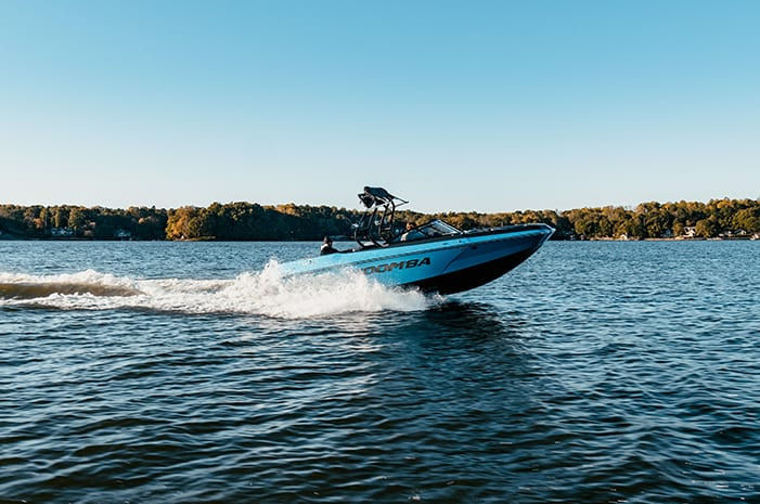 2020 Moomba Max: The Affordable Wake & Surf Boat That Performs